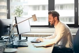 Comment se déroule la VAE pour un ingénieur en informatique